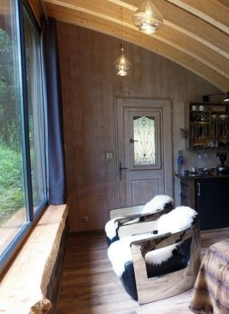 dormir avec les ours dans le parc animalier des pyr n es. Black Bedroom Furniture Sets. Home Design Ideas